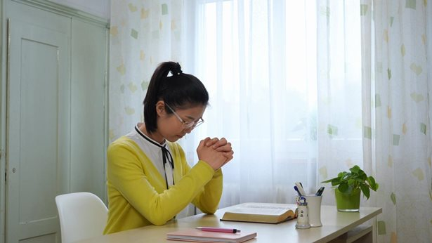 Looking for a Job Abroad: God Guided Me to Find a Job